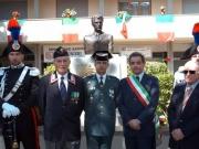 6.Presidente_di_Sezione_Ass_Carabinieri_di_Sesto,_Guardia_Spagnola,_il_Sindaco_Andrea_Barducci_e_Giancarlo_Marini